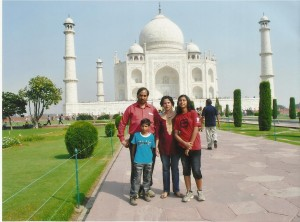 Taj Mahal-Rawat Family Oct 2011 001
