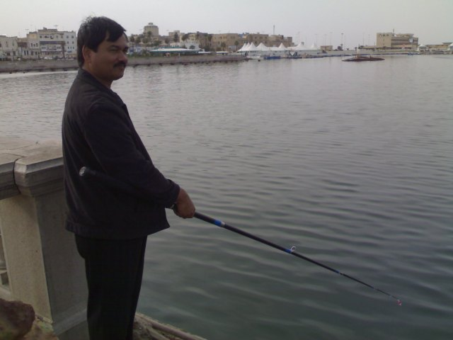 1-mathew-fishing-at-tirq-shaat-tripoli