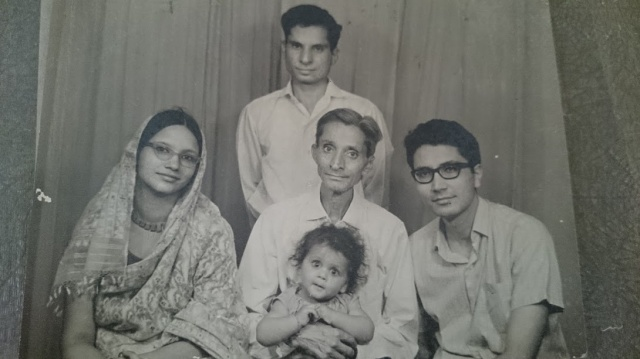 Dadaji-Papaji-Chachaji-Mummy-1968